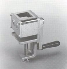 мельница лабораторная  TQ-100 Kett